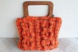 毛糸の手編みカバン